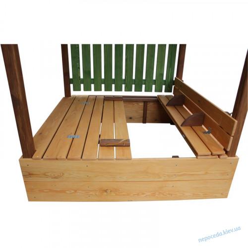 Песочница-домик с лавочками крышей и защитным забором